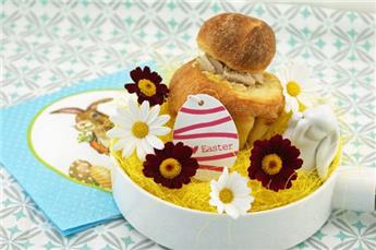 Brioche stuffed with Mousse of Duck Liver – by Afternoon tea